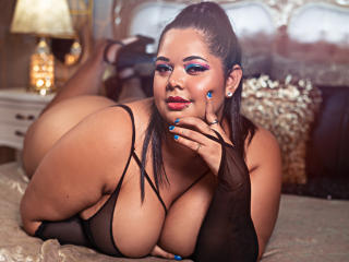 Voir le liveshow de  AmberAniston de Xlovecam - 24 ans - Make Someone Love Crazy Seeing as I Tiento, Dancing is back and showing the flexibility of my ...