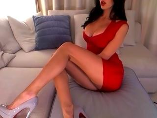 Voir le liveshow de  SexySimonne de Xlovecam - 26 ans - Hello there! If You see me on-line that means I'm ready to make you feel really great and chee ...