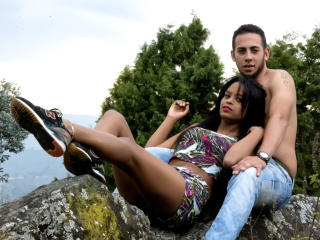 Voir le liveshow de  PennyXKhirk de Xlovecam - 23 ans - We are a hot, happy, flirtatious couple, and with many desires to meet interesting people like ...