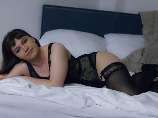 NadineXJoy sexy cam girl