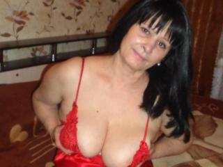 Voir le liveshow de  AhVredinka de Xlovecam - 50 ans - If you know how to blow my mind and make me see though your own eyes, you are the one. I am h ...