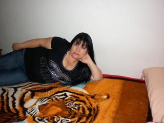 Voir le liveshow de  SaraYSofia de Xlovecam - 48 ans - Mujer ardiente en busca de pareja estable sin compromisos lista para formar un hogar