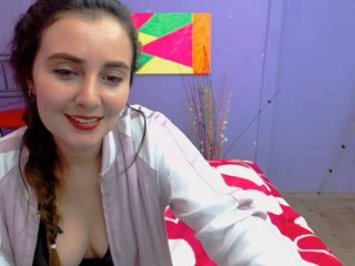 Voir le liveshow de  ElenMellen de Xlovecam - 23 ans - I am a verry frendly girl whit alot of passione i like help people how i can and i wish find my ...