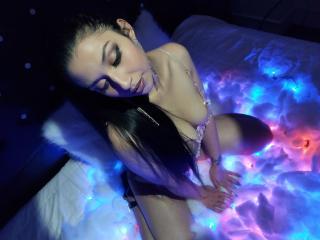 YvonneMarrie Cam